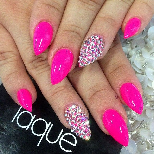 Fashion Nail Art Designs Game Pink Nails Manicure Salon: 17 Best Ideas About Crystal Nails On Pinterest