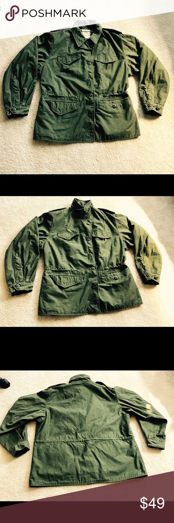 Greenbrier Military Issue Field Coat 18R Olive You can't find a more authentic military style jacket than this! This field coat was issued to female soldiers in 1978, and is in excellent condition! There are three different ways to button the collar as you can see from the pictures, and the styling options are endless! Reasonable offers will be considered, and please bundle for a deal! Greenfield Industries Jackets & Coats Utility Jackets