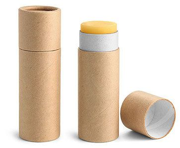 Ces laminés à bord fleur forme push-up lèvres Baume tubes ont un aspect lisse sculpté et sont fabriqués à partir de carton 100 %. Carton est