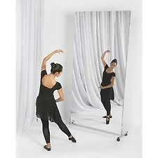 our vertical glassless mirror comes with a rolling stand