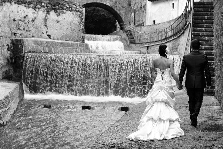 La location del Royal Paestum; gli allestimenti di Buccella Associati Event Planner; l'abito da sposa e non solo di Amatelier. >Luigi e Laura Photographer: Fezza Studio