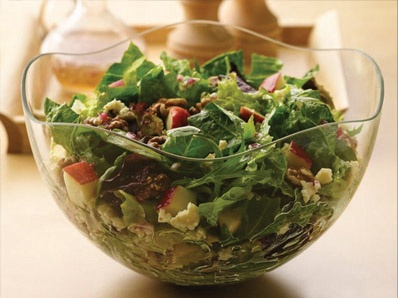 Leafy salad with cheese and walnuts