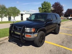 1998 Toyota 4Runner SR5 5 Speed Manual  | used cars & trucks | Calgary | Kijiji