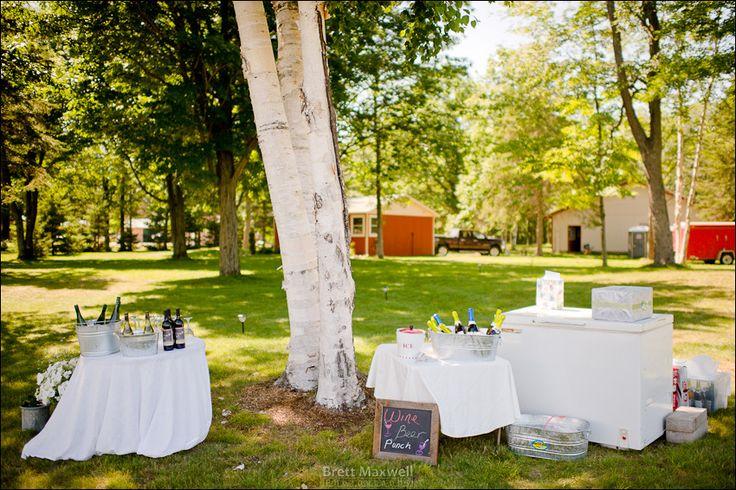 Michigan outdoor wedding   http://brettmaxwellphoto.com