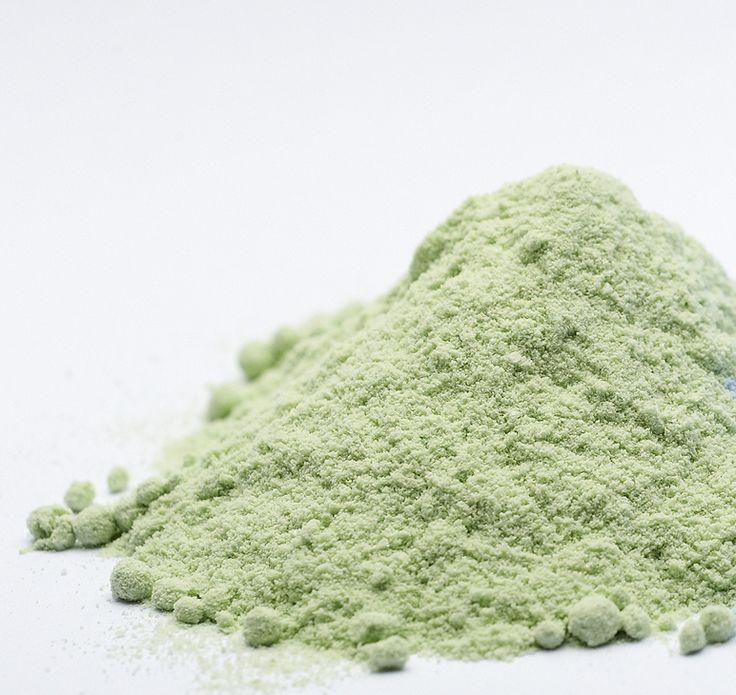 T-Bleach Green ATTITUDE με άρωμα μέντα. 500gr τιμή ΣΟΚ! Απίστευτη ποιότητα σε πράσινη μορφή και ιδανικό για τις κοκκινίλες. Αναλογία 1 προς 2 και 30 λεπτά χωρίς θερμοκρασία. Ανάλογα με τους βαθμούς του οξυζενέ θα έχετε περισσότερο ξάνοιγμα. ΚΑΘΑΡΟ ΞΑΝΟΙΓΜΑ ΧΩΡΙΣ ΝΤΟΥΜΑΝΙΑ ΚΑΙ ΦΟΥΣΚΩΜΑΤΑ!!!  Εγγύηση ATTITUDE
