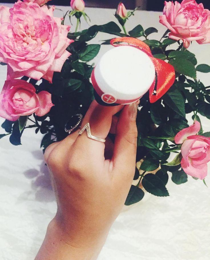 Fint og feminint | #hvisk #hviskstyling #style #fashion #pink #jewellery