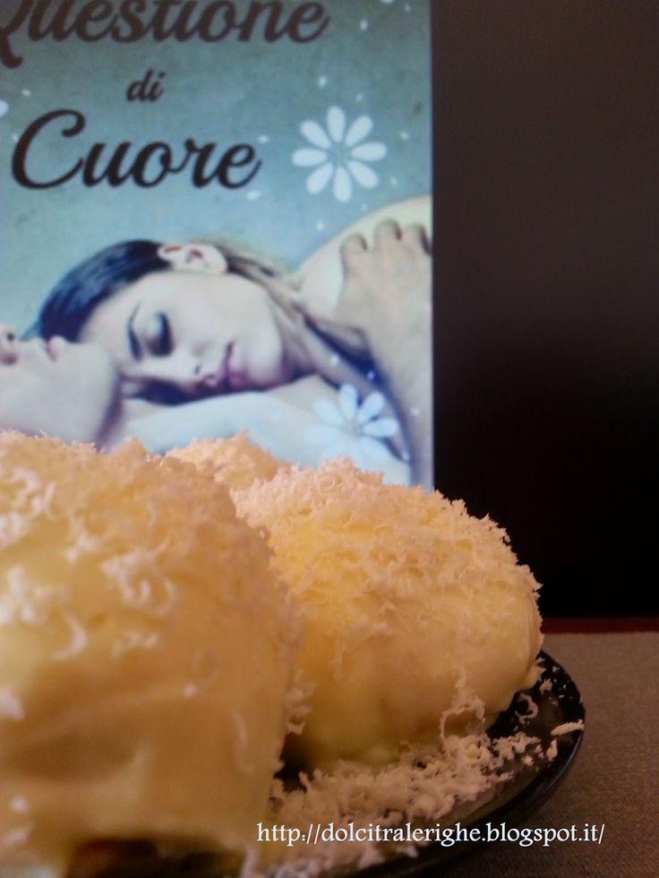 Dolci tra le righe: Questione di cuore di Carmen Bruni con Profiteroles al limone. http://dolcitralerighe.blogspot.it/2014/06/questione-di-cuore-di-carmen-bruni-con_5.html