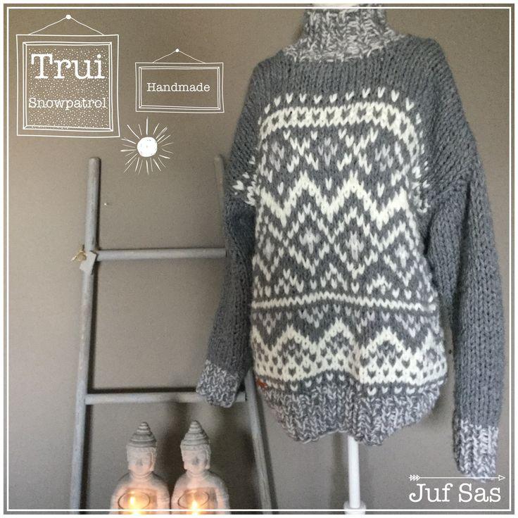Het is koud dus dat vraagt om een echte dikke wintertrui. Ik houd van grof gebreide truien en brei graag op breinaalden 10 of 12. Voor deze trui heb ik drie kl