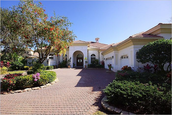$1,695,000 - Naples, FL Home For Sale - 385 Terracina Wa -- http://emailflyers.net/41980