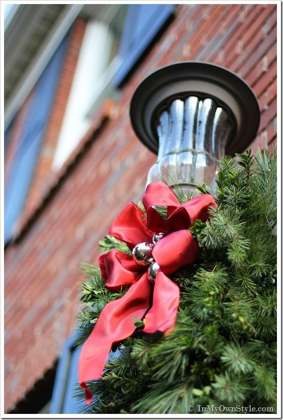 Outdoor-Holiday-Decorating