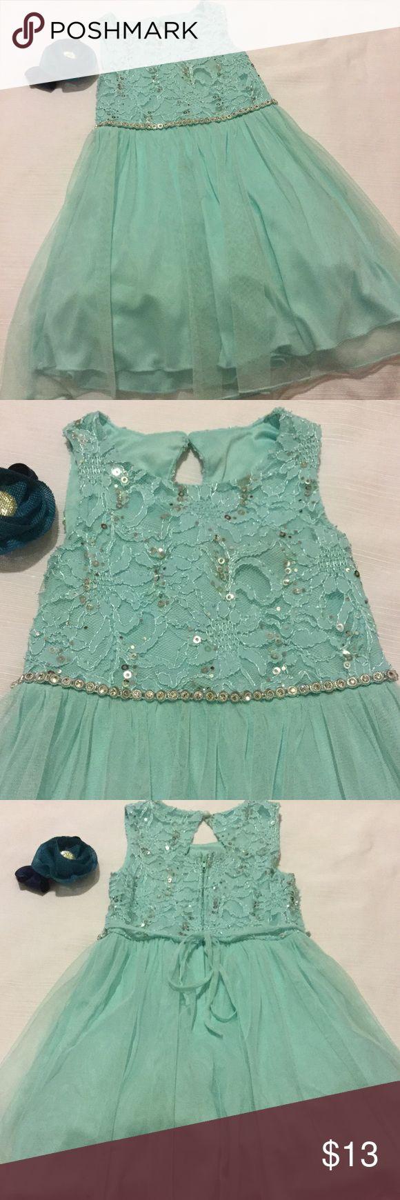 🌺Xtraordinary lovely dress size 4 girls EUC Xtraordinary lovely dress size 4 girls aqua color dress no tears Xtraordinary Dresses Casual