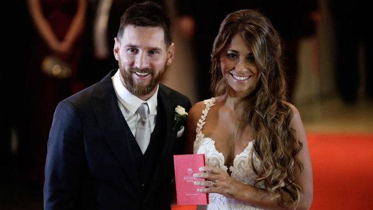 Messi y Antonela Rocuzzo ya son marido y mujer: La Pulga y su novia dieron el sí en Rosario, dónde nacieron. Lio le hizo una sorpresa para…