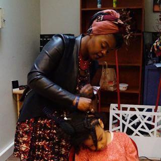 Media details of @cbaoutelman - #Myafroweek : la coiffeuse et visagiste spécialiste des #cheveuxnature...
