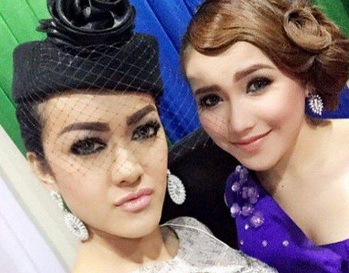 Kado Ayu Ting Ting di Ulang Tahun Julia Perez Bikin Netizen Tersentuh   Kabarmaya.co.id