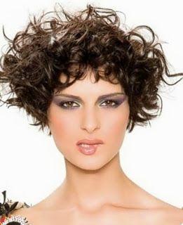 Modela tu Cabello: Cortes de pelo corto con cabello rizado