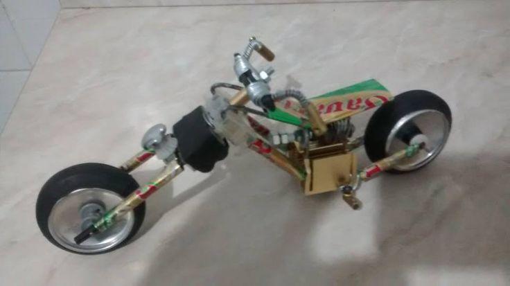 Moto Chopper feita de latinha. Veja mais em https://web.facebook.com/Miniaturas-de-Motos-440754496290423/