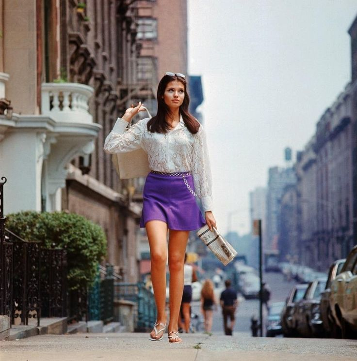 While the 1960s are often associated with California, New York was undergoing it's own change -- a fascinating photographic look at 1969 in New York!