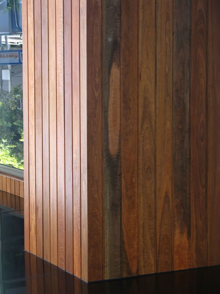 The Newport internal timber panelling system is ideal for internal architectural features such as receptions, lift wells and foyers.