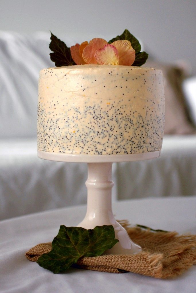 Delicious layer cake with orange and poppy seeds