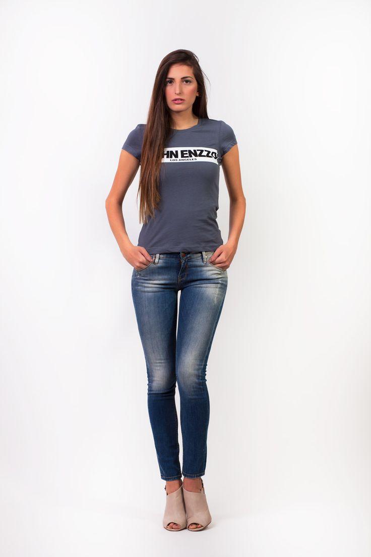Sexy skinny look.Embrace minimalism.It always works!