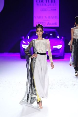 Omg-so simple but so hot!  Varun Bahl at PCJ Delhi Couture Week 2013