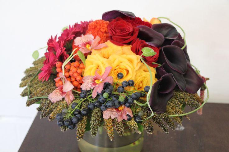 Őszi, mindenszenteki virágkötészeti bemutató Katona Annával http://viragutazo.hu/oszi-mindenszenteki-viragkoteszeti-bemutato-katona-annaval/