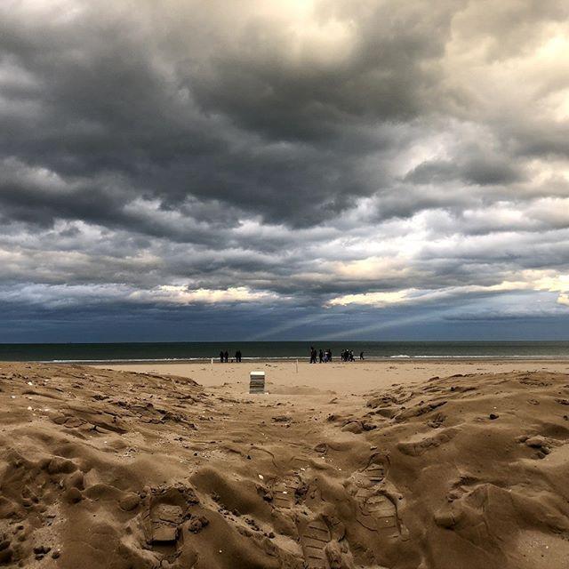 Mare d'inverno #rimini #igersrimini #italy #rivieraromagnola #spiaggia #maradriatico #inverno #instagram #bancacarim