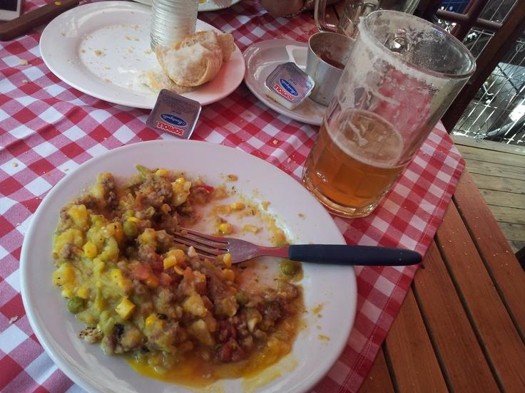 Aca las micheladas son con un kilo de sal!!!!!  Ricas igual.  Restaurant Venecia, Bellavista.