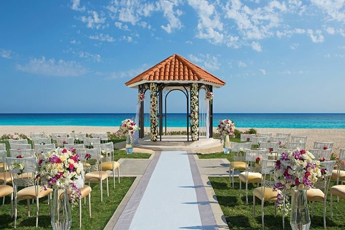 The new wedding gazebo at #DreamsLosCabos is a great spot with an ocean view but no hassle of sand!