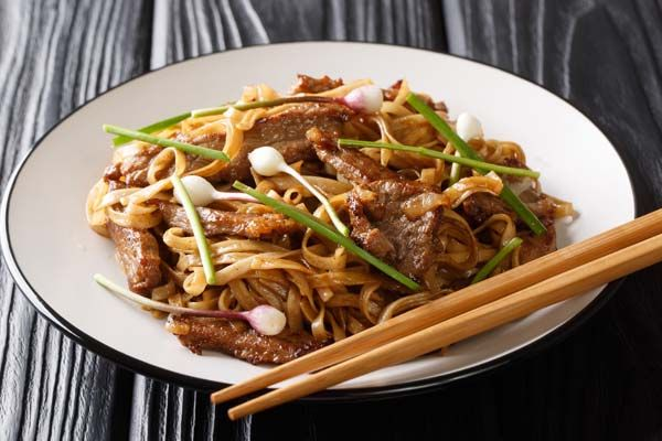 chinese ho fan noodle dish in 2020  asian recipes noodle
