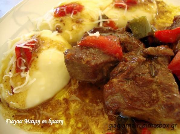 Χοιρινό με μοσχάρι σε γλυκόξινη σάλτσα