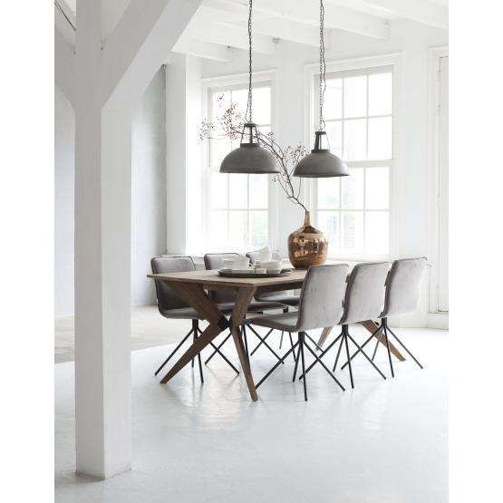 17 beste idee n over moderne eetkamerstoelen op pinterest stoelen voor de eettafel stoel - Oude tafel en moderne stoelen ...