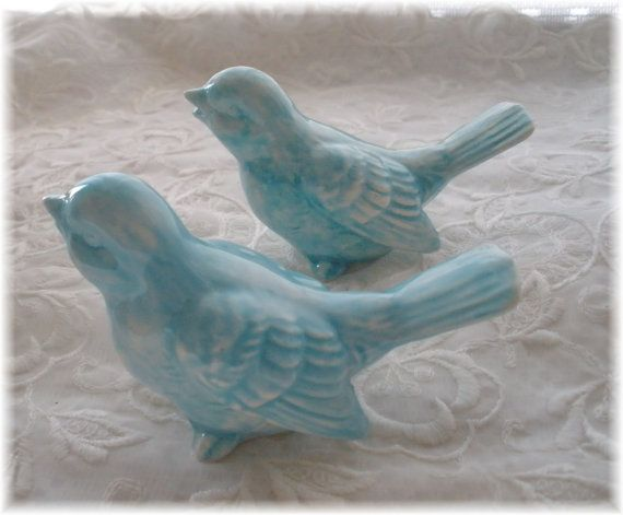 Hey, I found this really awesome Etsy listing at http://www.etsy.com/listing/152047221/vintage-birds-ceramic-in-aqua