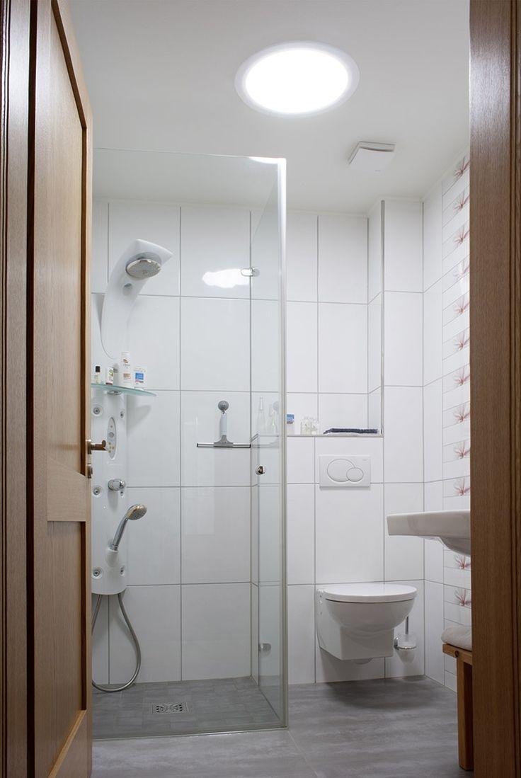 26 best bright bathrooms images on pinterest bright bathrooms master bath
