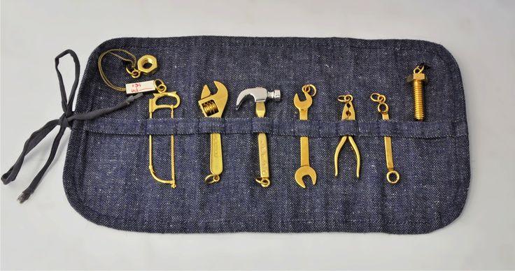 Miniature gold tool kit (try S Kalms or I Franks @ silvervaultslondon.com)