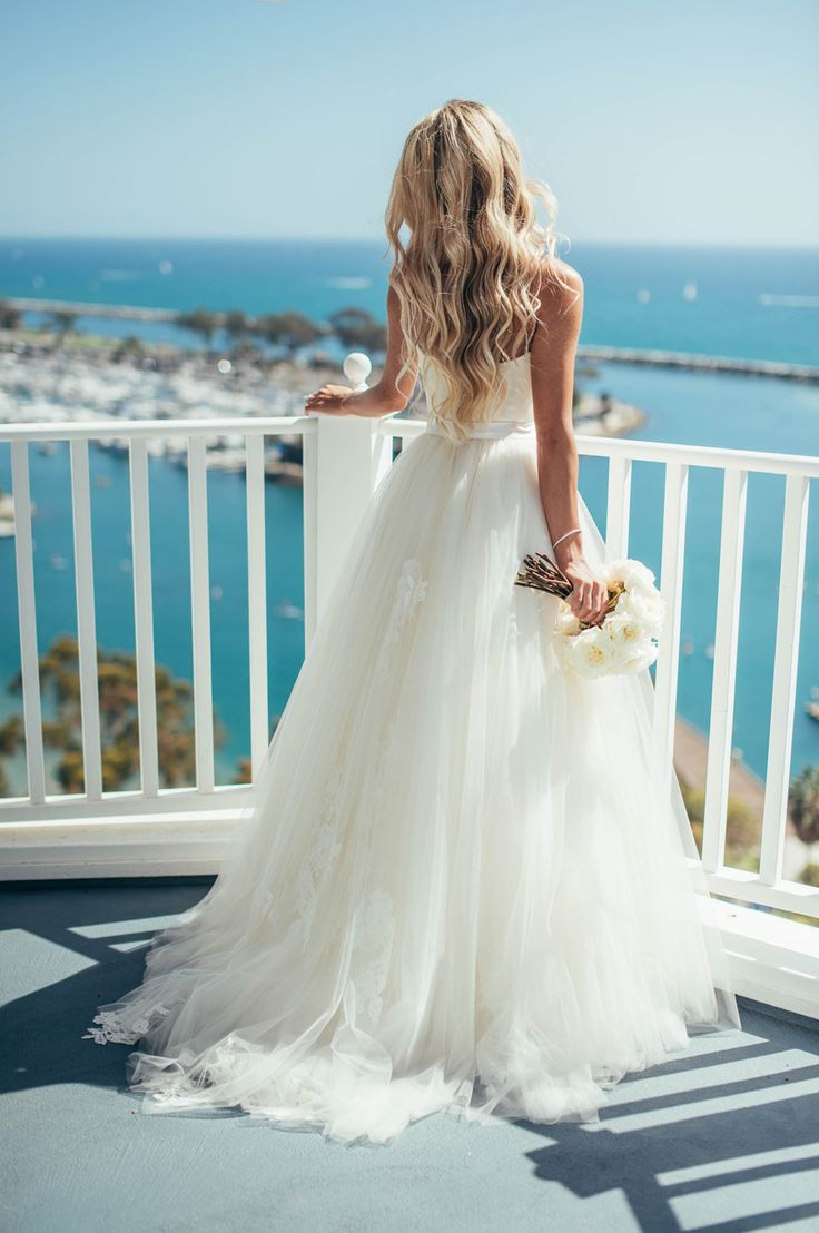 2016 Elegant Beach Wedding Dresses With Lace Applique Spaghetti Straps Ivory Tulle Simple Bridal Gowns Custom Made Vestidos Longo
