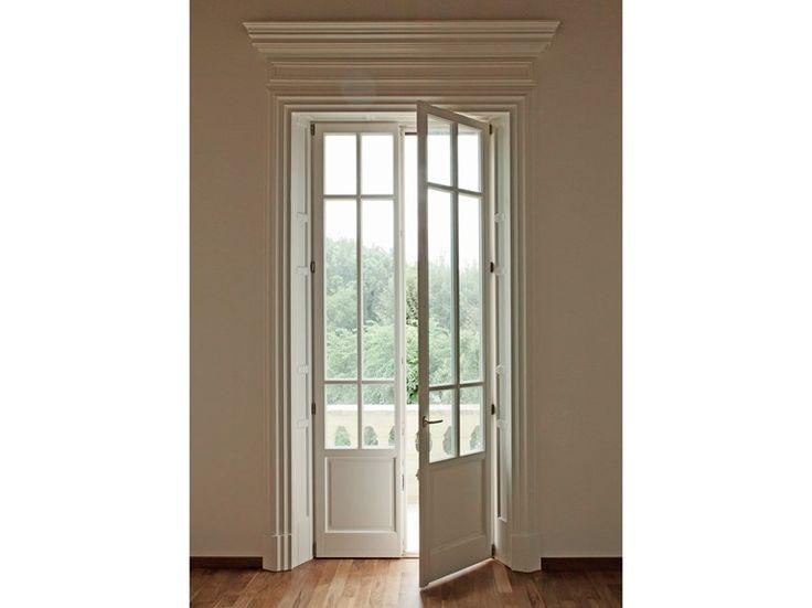 Oltre 25 fantastiche idee su finestre a battente su pinterest finestra aperta finestre - Porta finestra legno ...