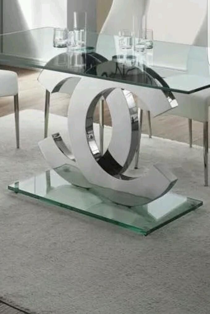 Coco Chanel Dining Table With Images Master Bedrooms Decor