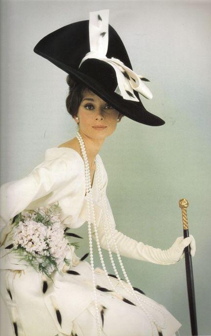Audrey Hepburn in Vogue1964