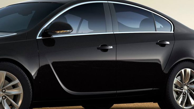 The 2016 Buick Regal mid-size luxury sedan offers innovative E-Z Passive Key Entry System.