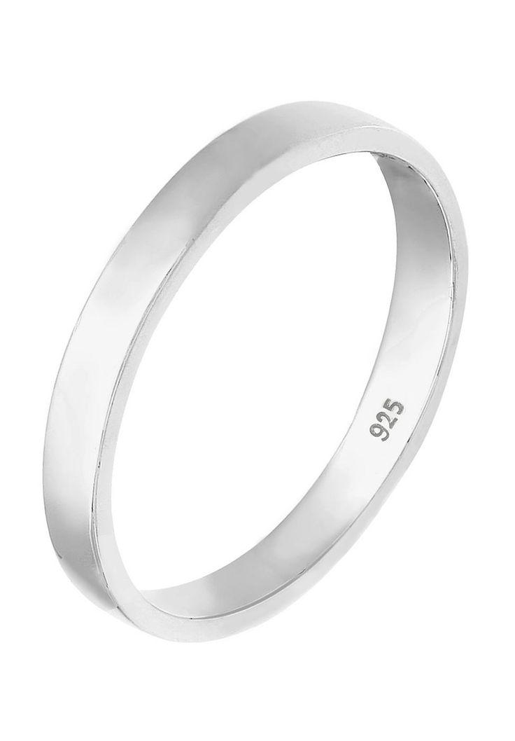 """Dieser elegante 3mm breite Basic-Ring ist das ideale Schmuckstück für einen perfekten Auftritt an jedem Tag. Modernes Design und feinstes 925er Sterling Silber machen diesen Fingerschmuck zum stilvollen Hingucker und treuen Begleiter im Alltag.  Weitere Hilfe zur Ringgröße:  Angegebene Größe in mm entspricht """"Ring Innen-Umfang"""", Umrechnung in """"Ring Durchmesser Ø"""" wie folgt:  52mm Umfang = 16,5m..."""