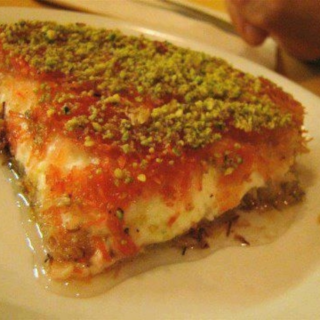 46 best syrian food dishes images on pinterest arabian food knafeh recipe for the most fabulous middle eastern dessert forumfinder Images