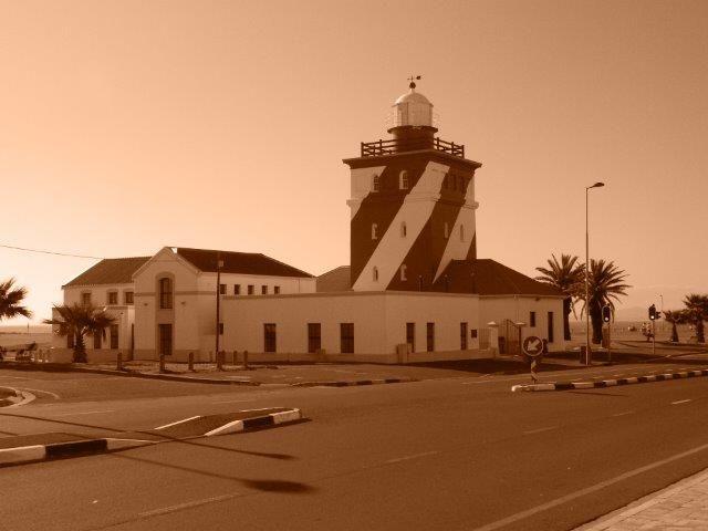 Mouille Point light house by Daniel Augustyn