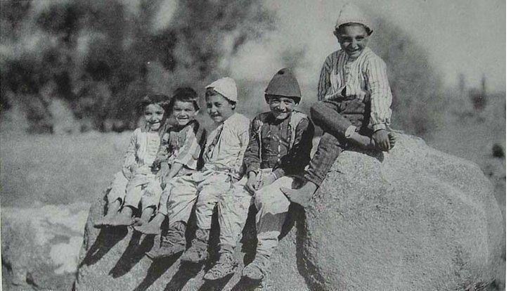 1940 çorum çocuk işte çok mutlu görünüyorlar