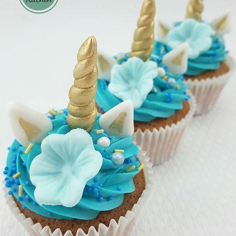 Stiekem een beetje verliefd op deze eenhoorn cupcakes die we mochten maken voor de verjaardag van Zina.   #cake #taart #cupcakes #cupcake #instacakes #instacake #instacupcake #instacupcakes #unicorns #eenhoorns #unicorn #eenhoorn #unicorncupcake #unicorncupcakes #cute #haarlem #stuyvesantstraat #amsterdam #uitgeest #verjaardag #birthdaycake #tastykitchen #birthdaycupcakes #birthdaycupcake #verjaardagscupcakes #blueunicorns #thetastykitchen