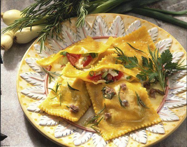Ravioli mit Tomaten-Mozzarella-Füllung Rezept