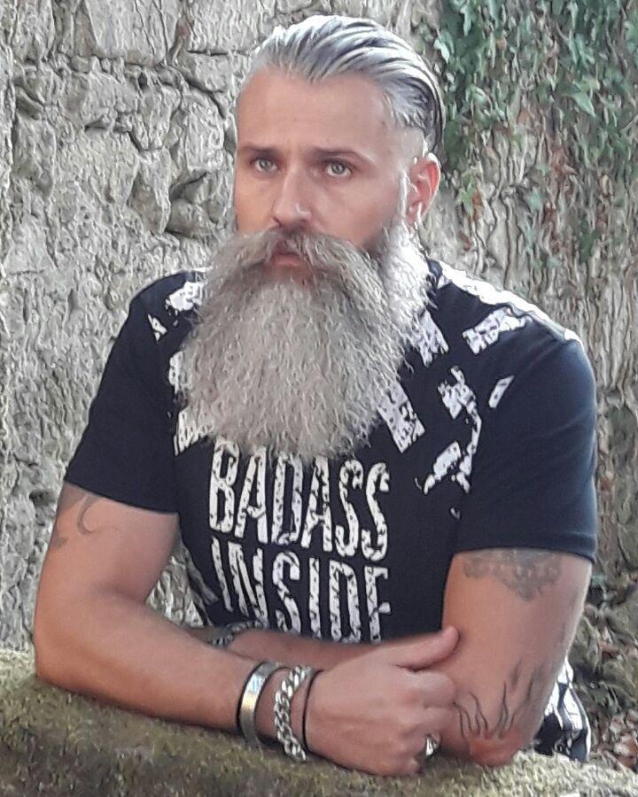 "192 Likes, 13 Comments - Antonio Rocha (@antoniorocha0724) on Instagram: ""#beard #beardsandtattoos #beardedmodel #newfacemodel #newclothing #modelstyle #beautifulbeard…"""