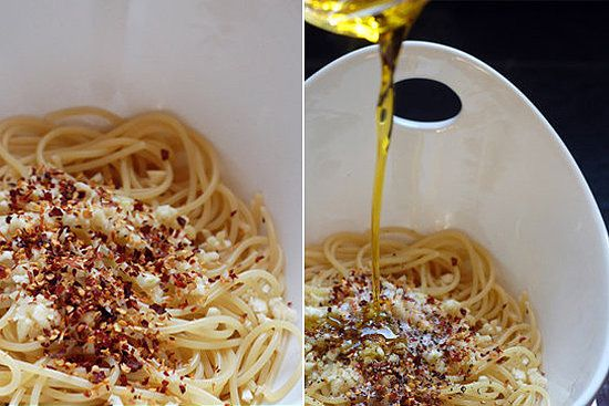 Spaghetti With Garlic, Olive Oil, and Chili Flakes