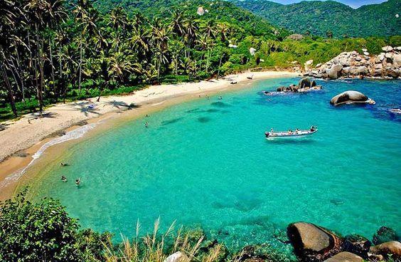 5 increíbles playas colombianas para tener unas vacaciones fuera de este mundo