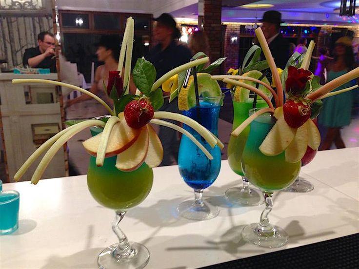 Pyszne kolorowe drinki